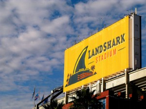 photo credit: landshark stadium in miami florida via photopin (license)