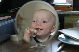photo credit: Broodje in de spiegel via photopin (license)
