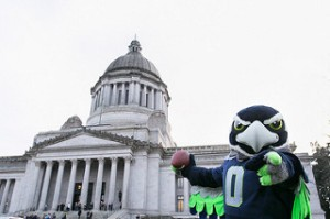 photo credit: Raising the 12th Man flag via photopin (license)