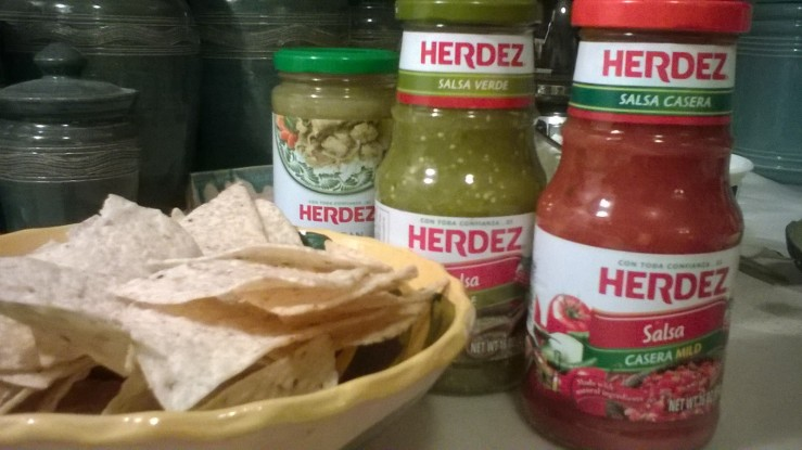 http://www.herdeztraditions.com/mexican-culture-and-traditions/holidays/las-posadas/