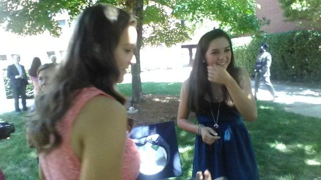 smartphone sisters
