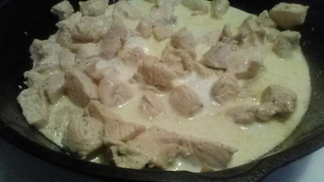 chicken skillet cream cauldron