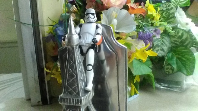 stormtrooper eiffel tower paris flowers