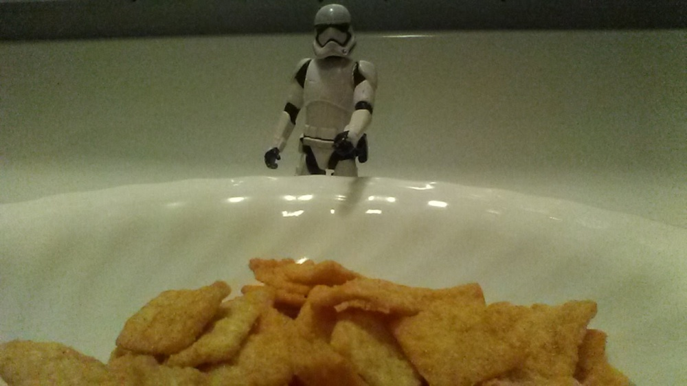 stormtrooper cereal cinnamon toast crunch
