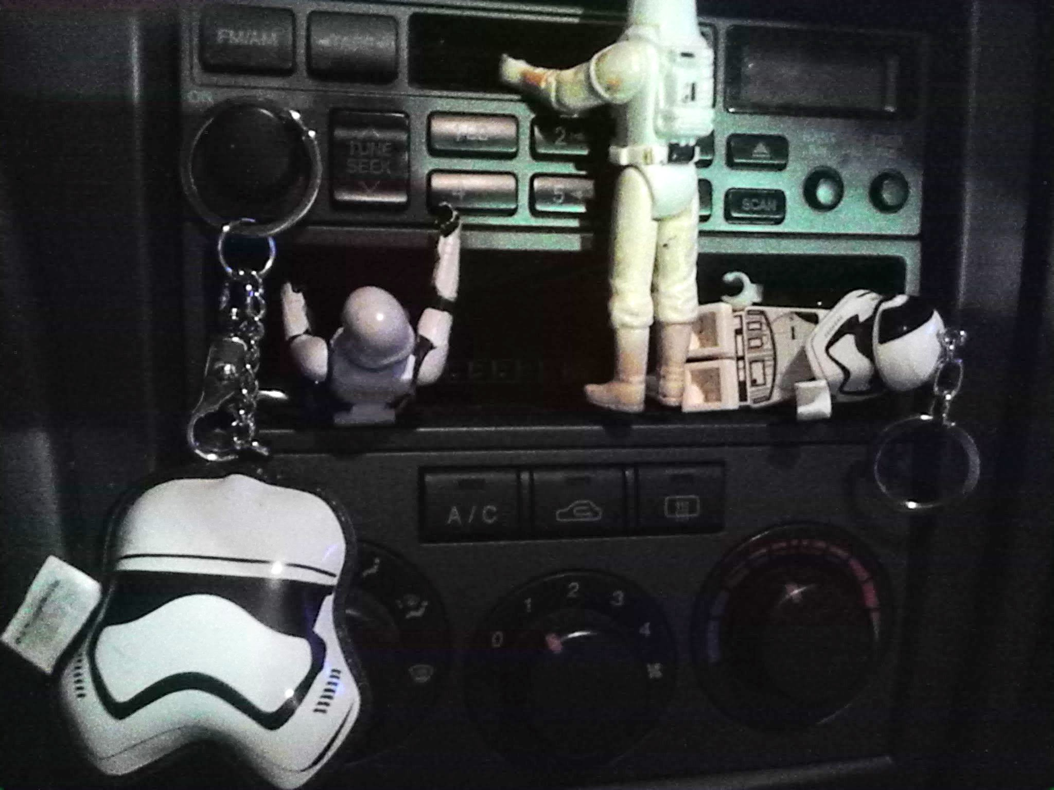 stormtroopers car dash