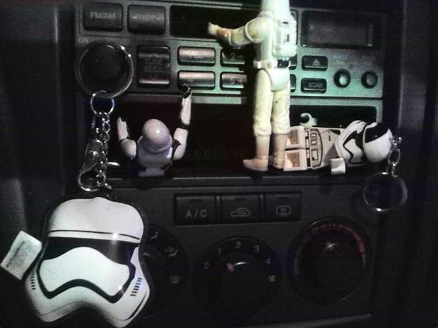 stormtroopers car dash