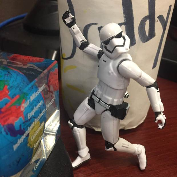 stormtrooper daddy today need my desk