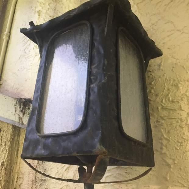 GT lamp